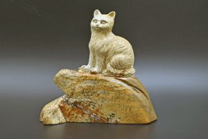 Picture jasper cat carving