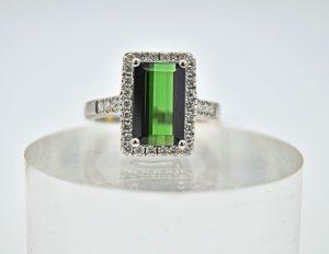 Green tourmaline and diamond rectangle ring