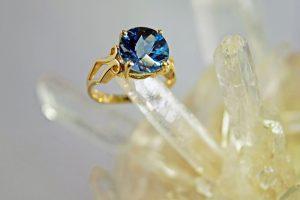 London blue topaz 10mm round 14K gold ring