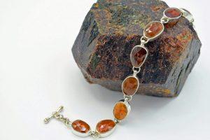 Hessonite garnet faceted stone bracelet