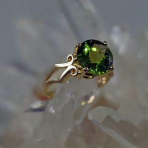 Peridot 14K gold 10mm round ring