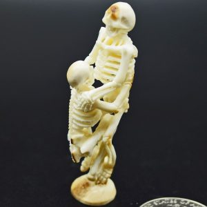 Skeleton lift carving of fossil ivory