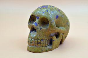 Serpentine skull carving